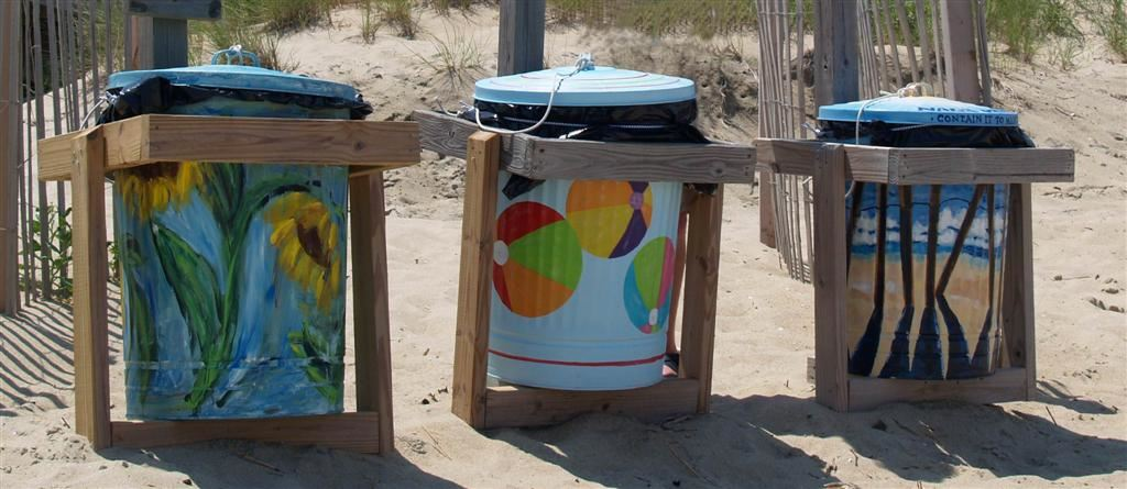 Painted Trashcans at Bonnett Street Public Beach Access